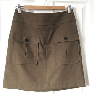 Loft mini kaki skirt army style